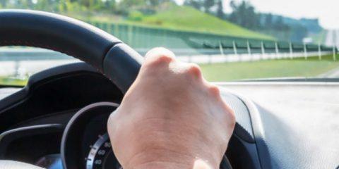 Wie senkt man das Risiko einer Autopanne auf dem Weg in den Urlaub?