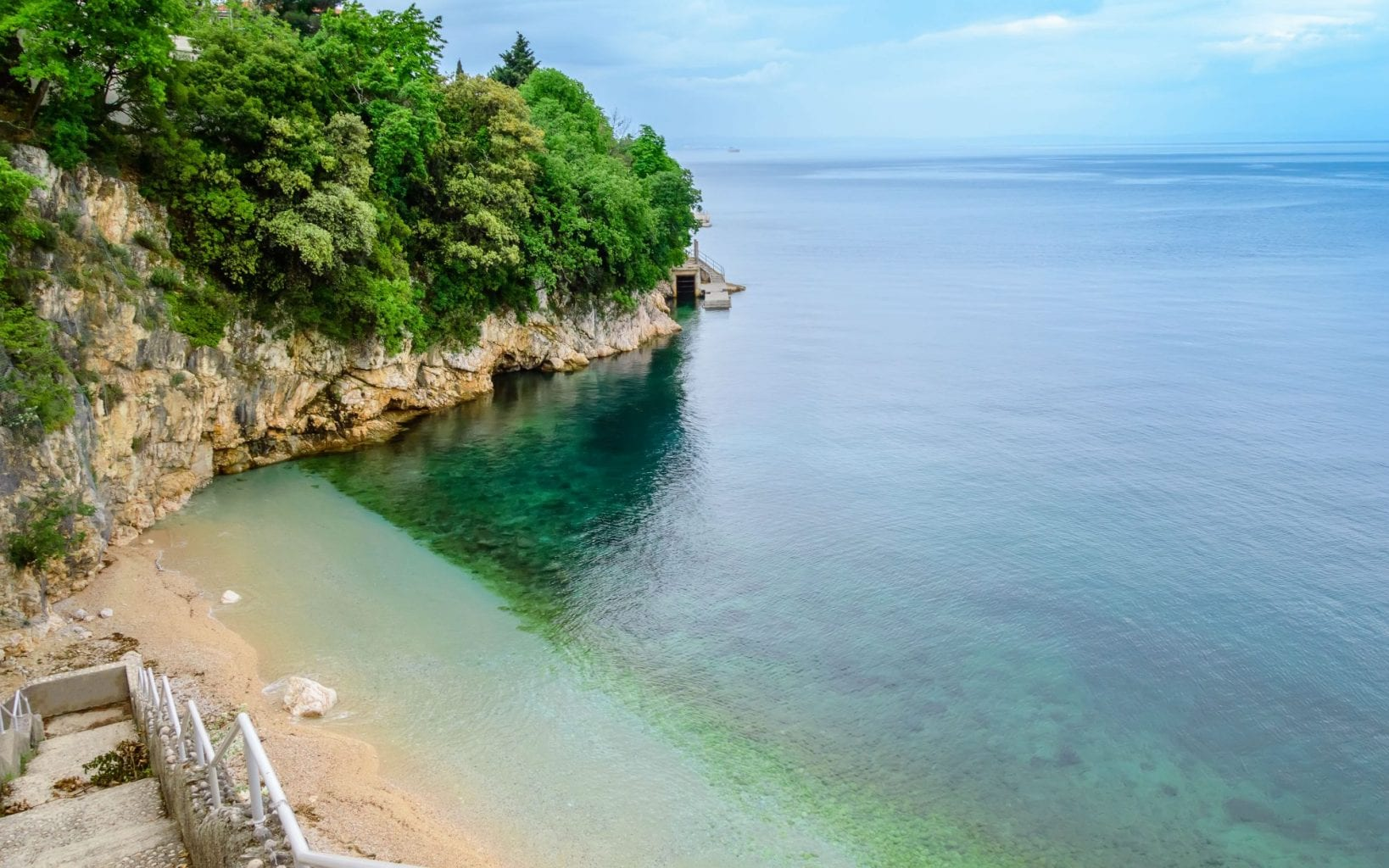 Het Sablicevo-strand bij Rijeka