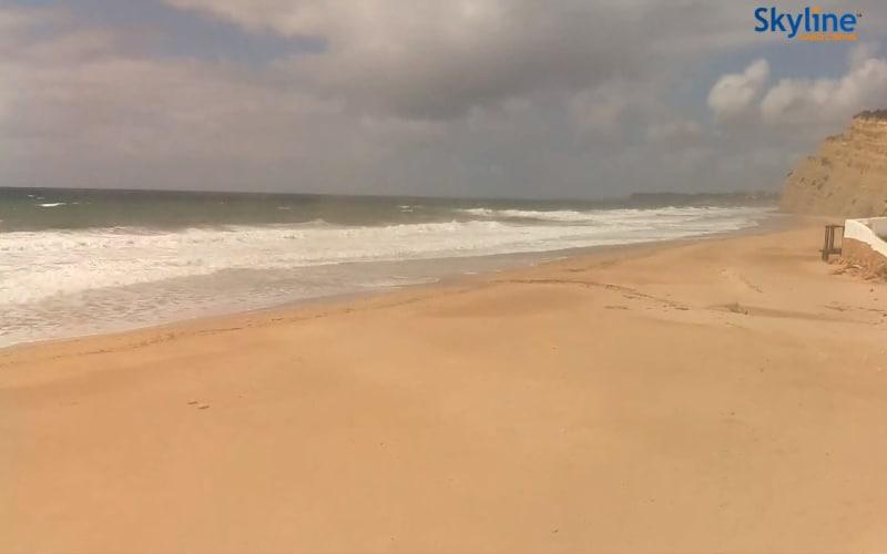 Uitzicht over het strand van Lagos (Portugal).