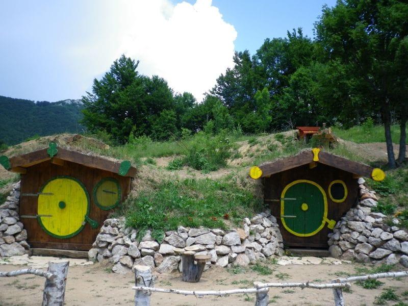 Hobbithäuser Kamp Velebit Kroatië